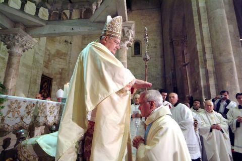 Mons. Girasoli